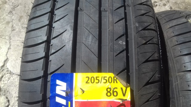 205 50 R15 86V Michelin Pilot Exalto PE2 Italy 240 A A