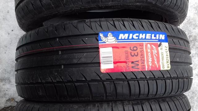 215 45 ZR18 93W Michelin Pilot Exalto PE2