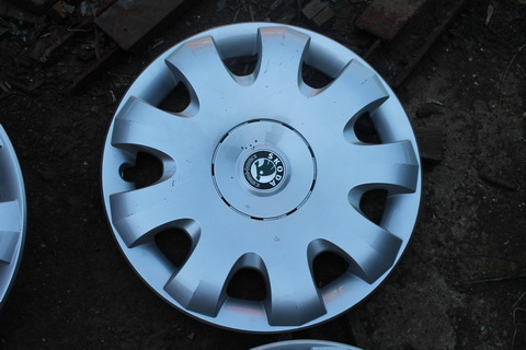 Колпак R15 1Z0601147A Avantgarda Czech