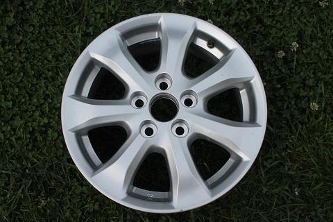 R16 6.5J ET45 5x114.3 D60.1 Toyota Camry V40 42611-33750