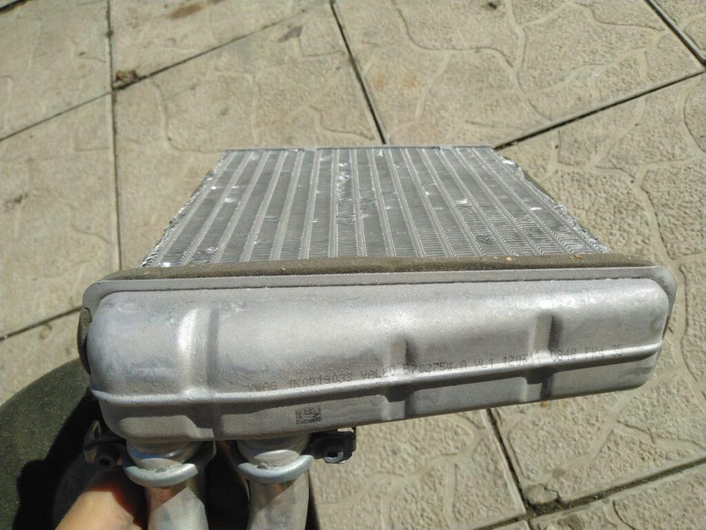 Комплект прокладок и хомутов для теплообменника VW 8E0898380
